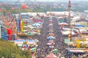 El prado de Teresa o Theresienwiese acoge las carpas de la Oktoberfest